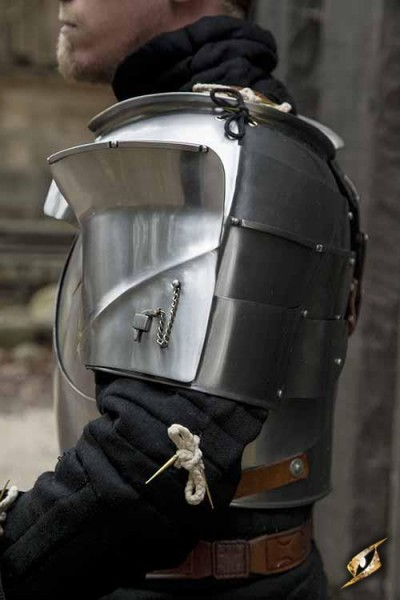 Epic Armoury Milanese Pauldrons